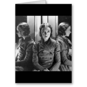 lillian_gish_in_a_three_way_mirror_greeting_card-r1c361e9cbce84f03abd418fb98bf58a8_xvuat_8byvr_512
