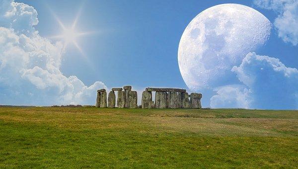 stonehenge-2294032__340